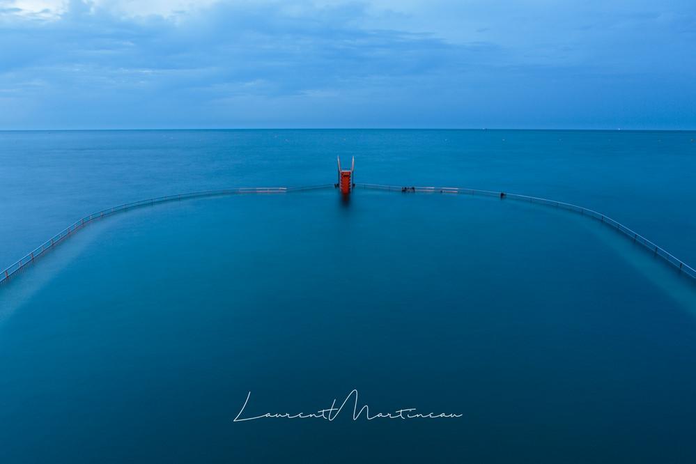 Piscine de mer de Saint quay Portrieux pendant l'heure bleue